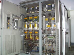 Falownik, szafa przemiennika częstotliwości